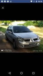 Clio sedan otimo carro,banco de couro,ar gelando,direção hidráulica - 2006
