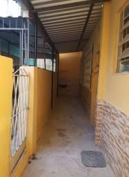 Alugo casa de 1 quarto