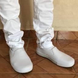 Sapato impermeável branco n 41