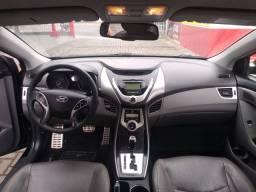 Hyundai Elantra 11/12 GLS Automático