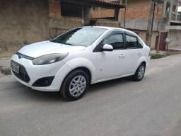 Fiesta sedan 1.6 completo 2014