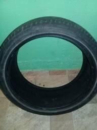Vendo um pneu 17 perfil 40