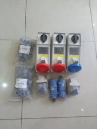 3Tomada industrial e 2plug  32 amperes +e dois pacotes de prensa terminal