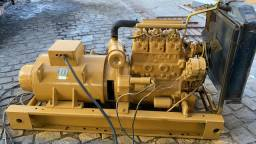 Gerador 25 KVA com motor MWM de 3 cilindros