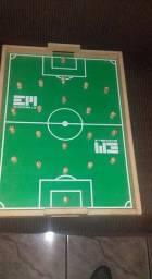 Brinquedo educativo futebol de Dedo. <br>