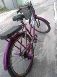 Vendo bicicleta com radiação dupla, cubo de rolimã e aro de alumínio