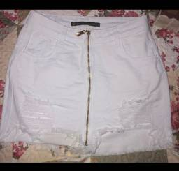 Saias brancas jeans novas
