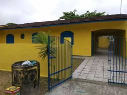 Casa c/ 4 quartos em Balneário gaivotas Marinhos.