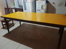 Mesa muito conservada 2,20 x 1,10m