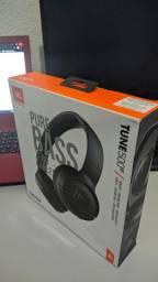 Fone JBL modelo Headphone Bluetooth JBL TUNE 500BT com Microfone - Preto