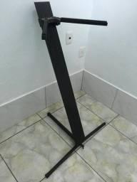 Pedestal teclado