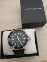 Relógio Tommy Novo