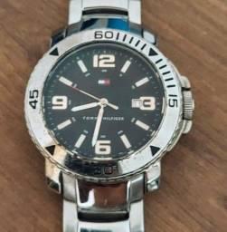 Relógio Tommy Hilfiger Masculino Aço perfeito estado