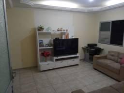 L-1 Casa linda e confortável no Curuzu