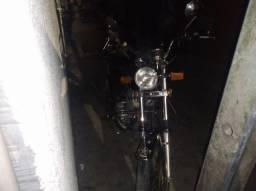 Moto Suzuki 125 intruder