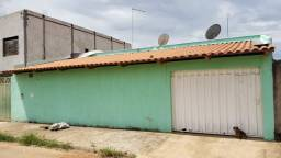 Agio casa 3 quartos 200m2 área construída 6km centro de aparecida