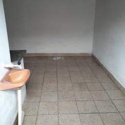 Alugo quarto  com banheiro incluso água e luz - Wi-Fi gratis