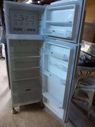 Geladeira Frost Free duplex exelente estado de funcionamento