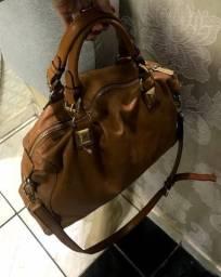 Bolsa couro metalassê Michael Kors , linda, duas formas de uso , original