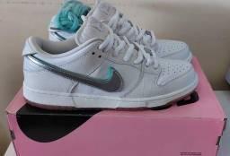 Tênis Nike Dunk Low Diamond Branco 41BR