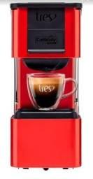 Cafeteira Espresso 3 Corações Pop Plus Vermelha... Divido no Cartão