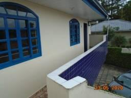 Casa com 2 quartos / 60m²