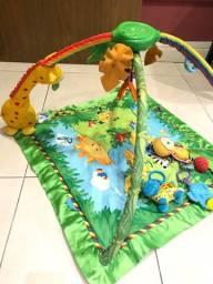 Tapetinho Infantil FISHER PRICE em excelente estado