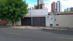 Casa no bairro Fátima (jóquei) em lote com 300m2