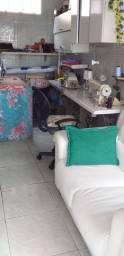 Ateliê de costura e reformas de roupas