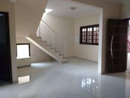 Aluguel Casa em Barueri - 3 Vagas e 4 quartos