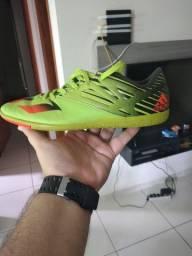 Tênis Adidas futsal(Leia a descrição)