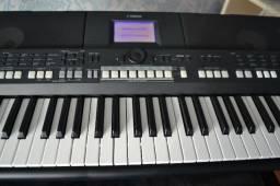 Teclado Yamaha psr 650
