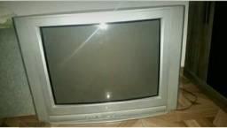 Vendo uma tv Lg e um conversor digital