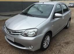 Etios Sedan XLS 1.5 com 31mil KM Top de Linha - 2014