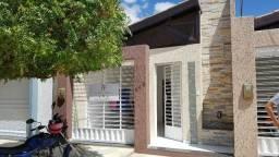 Vende-se Casa em São Bento - PB