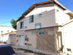 Casa na Vila Martins/ São Benedito com 04 quartos