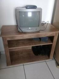 Rack Com TV e Conversor