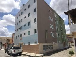 Apartamento - 1 Quarto - Bairro Feira 6 - Próximo a UEFS