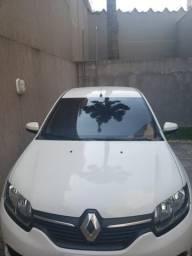 Renault Logan 1.6 expression 2015 - 2015