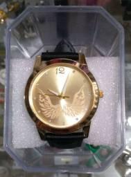 Relógios Femininos com pilha de brinde R$ 36,00 cada