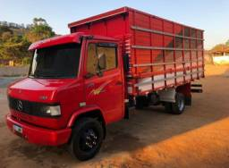 Caminhão Boiadeiro 710
