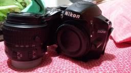 Vendo ou Troco Nikon D3200