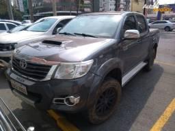 Hilux Srv 3.0 diesel aut. 4x4 ano 15/15