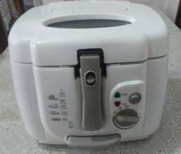 Fritadeira elétrica c/ óleo - 2,5 L