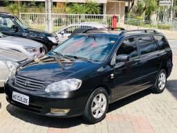 Toyota Fielder 2006/2006 automática , bancos em couro