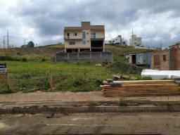 Terreno plano com área de 364m² e 14 metros de frente em Joaçaba