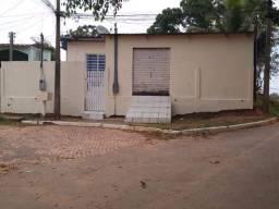 ALUGO CASA UNIVERSITÁRIO