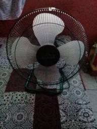 Vendo ventilador *Delta titanium* (Semi-novo)