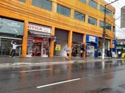 Lojas em Santo Amaro a poucos metros do Metrô, local de grande movimento