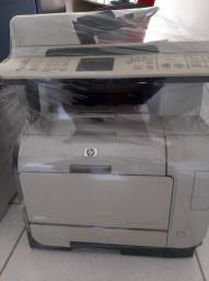 Impressora Multifuncional Colorida HP CM2320nf